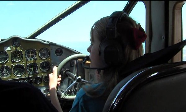 Positive Altitude Event Gets Kids Excited about Flying