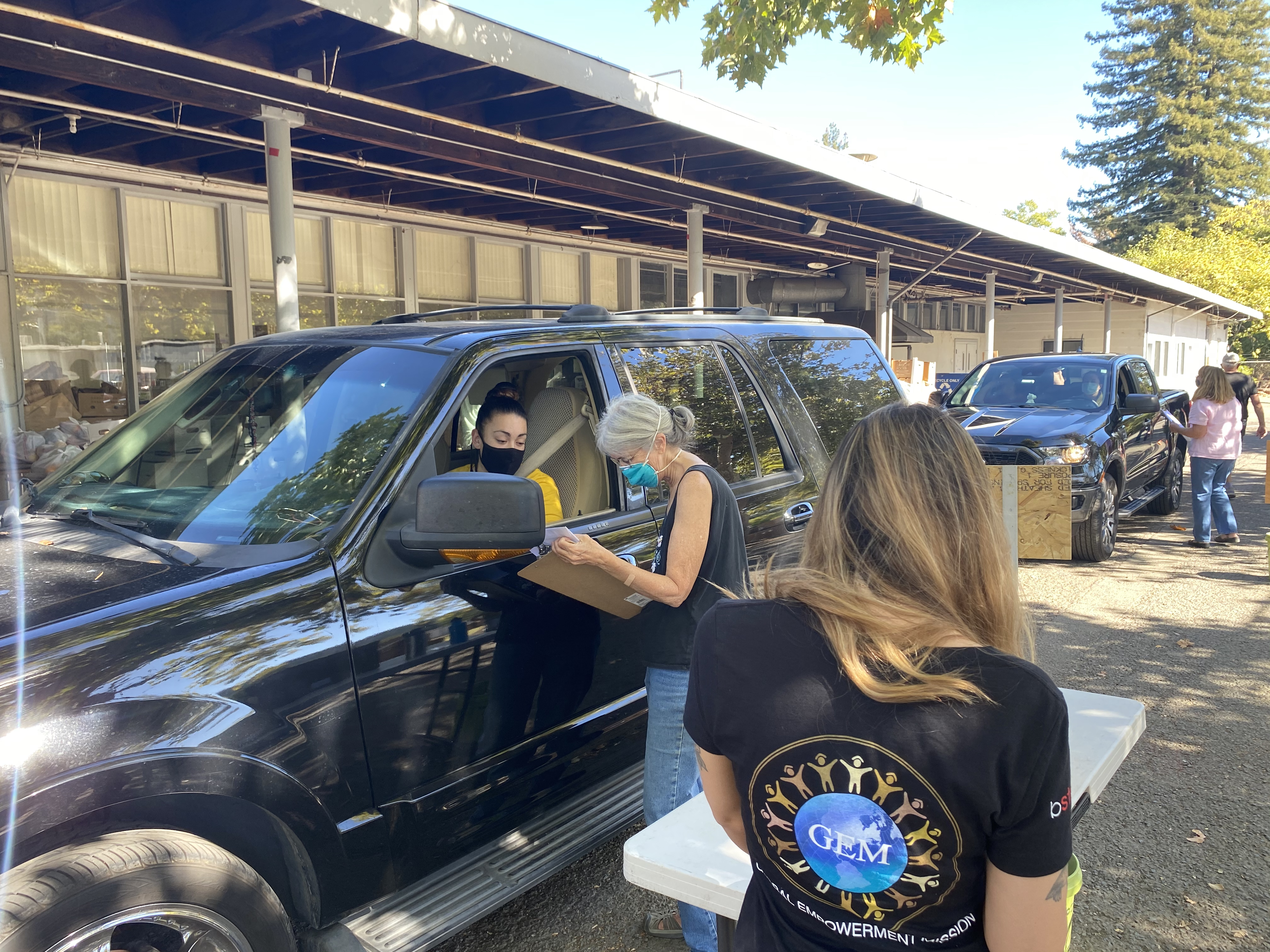 More Than 100 Families Affected By Napa County Wildfires Receive Gift Cards Food Boxes